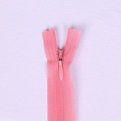 Skrytý zip světle růžový 18cm I-3W0-18-134