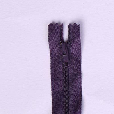 Spirálový zip ve fialové barvě 18cm I-3C0-18-196