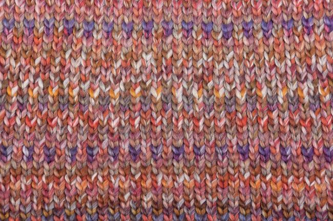 Barevná pletenina s očky 130.115/0801