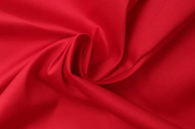 Bavlněný kepr v červené barvě 02888/015